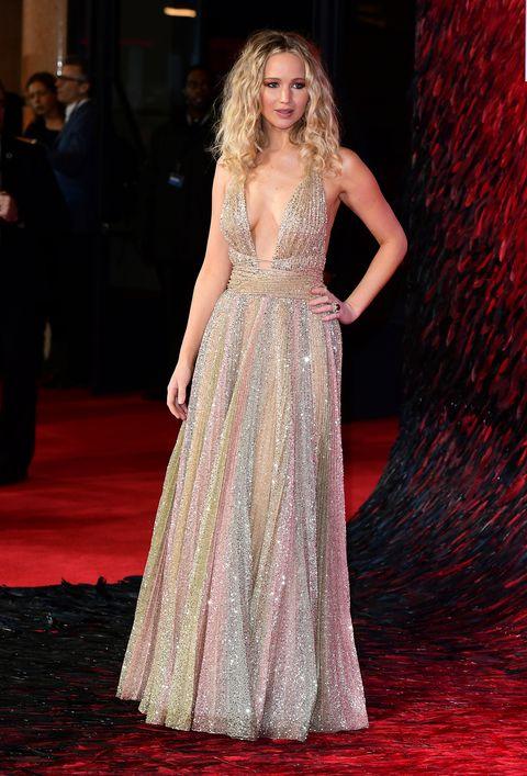 Jennifer Lawrence Wears High Leg Slit Black Dress In