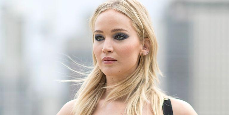 Celebrity dresses under 100