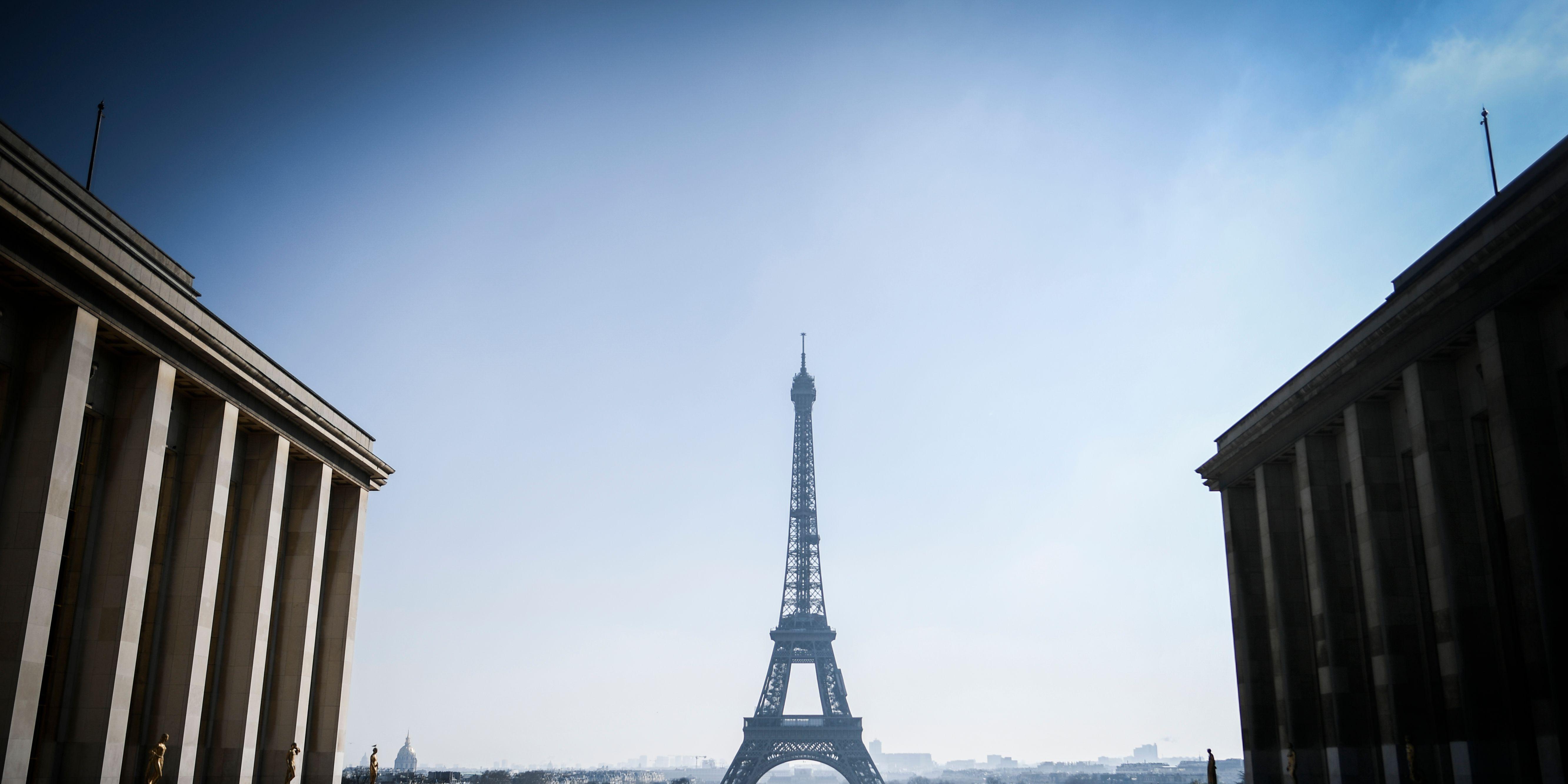 TOPSHOT-FRANCE-TOURISM-ARCHITECTURE-PARIS-FEATURE