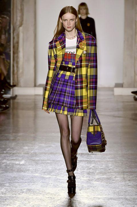 Fashion model, Plaid, Tartan, Fashion, Clothing, Fashion show, Pattern, Runway, Textile, Street fashion,