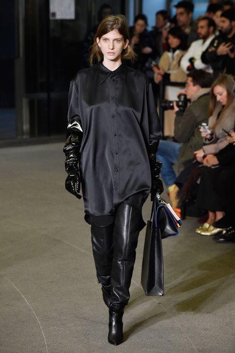 Fashion show, Fashion model, Fashion, Runway, Clothing, Knee-high boot, Outerwear, Footwear, Street fashion, Leather,