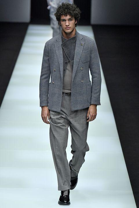 low priced b59af 2197a Giorgio Armani: biografia del re della moda