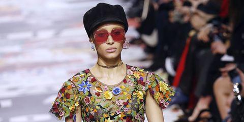 Eyewear, Fashion, Street fashion, Sunglasses, Glasses, Runway, Shoulder, Headgear, Fashion model, Vision care,