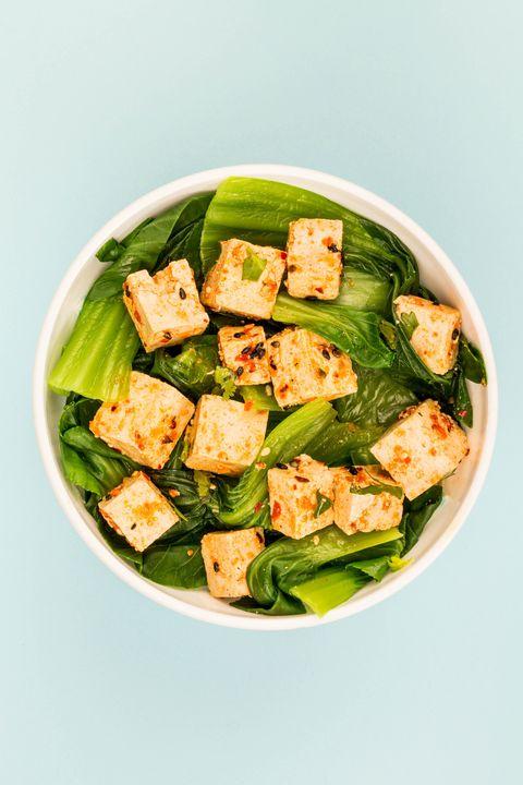 Dish, Food, Salad, Cuisine, Ingredient, Caesar salad, Vegetable, Spinach, Spinach salad, Vegan nutrition,