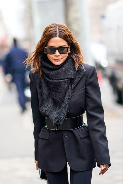 Eyewear, Clothing, Street fashion, Fashion, Black, Outerwear, Sunglasses, Jacket, Coat, Snapshot,
