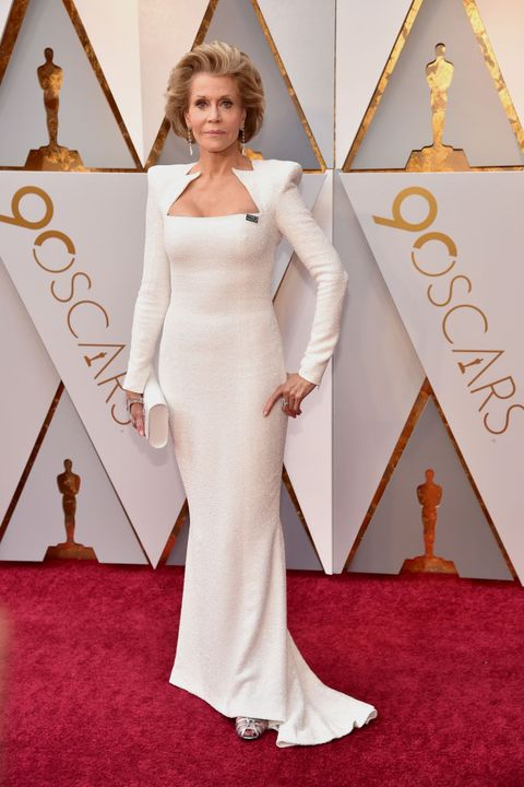 Red carpet, Carpet, Dress, Hair, Clothing, Gown, Flooring, Shoulder, Hairstyle, Fashion,