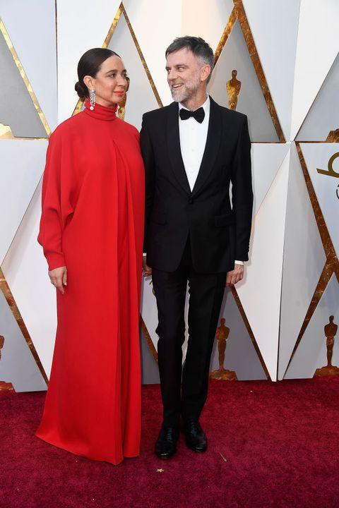 2018年第90回アカデミー賞授賞式に出席した マーヤ・ルドルフとポール・トーマス・アンダーソン