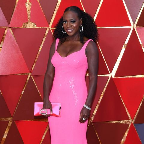 Red carpet, Clothing, Dress, Carpet, Gown, Pink, Shoulder, Flooring, Beauty, Hairstyle,