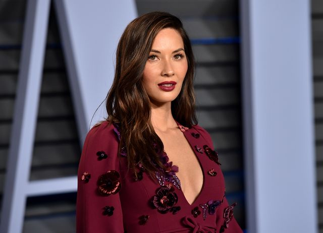 beverly hills, ca   march 04  actress olivia munn attends the 2018 vanity fair oscar party hosted by radhika jones at wallis annenberg center for the performing arts on march 4, 2018 in beverly hills, california  photo by john shearergetty images