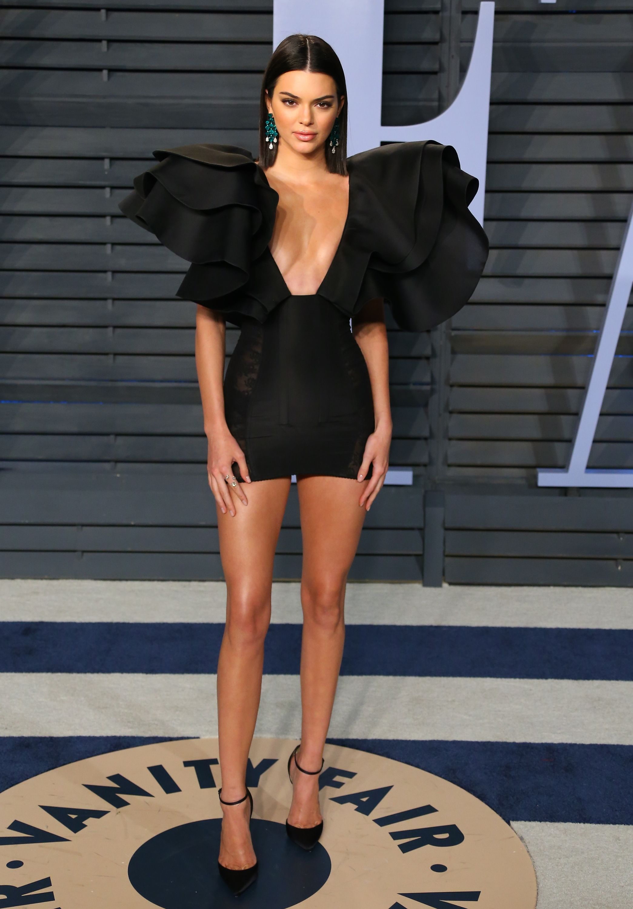 198a45a29c0 Kendall Jenner s Most Naked Outfits - Kendall Jenner s Sexiest Dresses in  Pictures