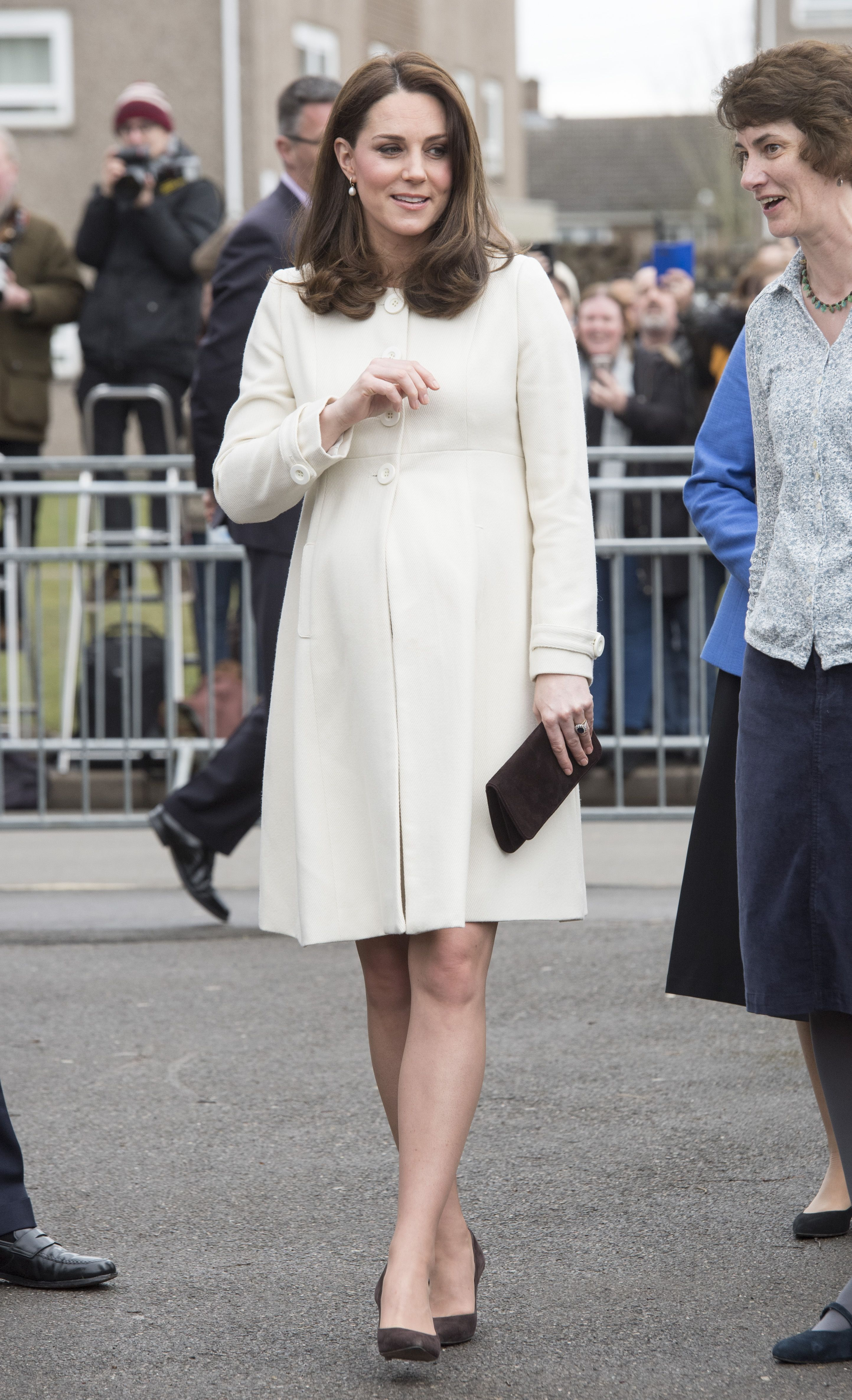 Kate middletons best maternity outfits kates chic pregnant style ombrellifo Gallery