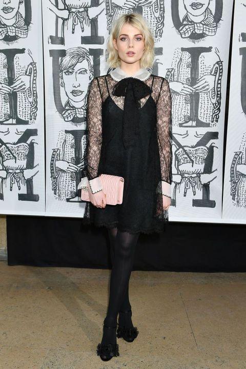 ラミ・マレック 彼女 かわいい おしゃれ ルーシー・ボイントン ファッション