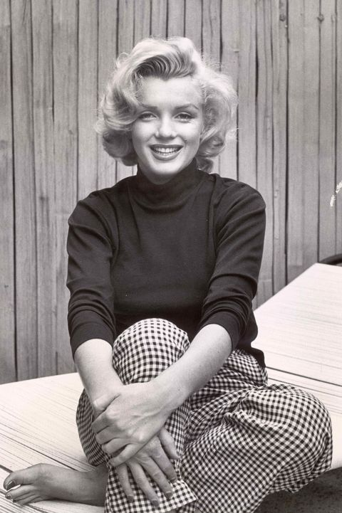Portrait of Marilyn Monroe at home.