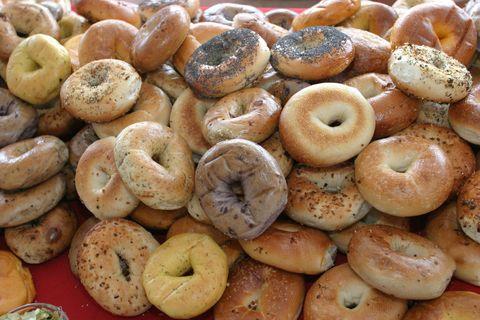 Food, Cuisine, Bagel, Dish, Baked goods, Ingredient, Bialy, Taralli, Baking, Kompyang,