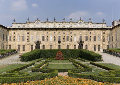 Facade on to flower garden, Villa Arconati