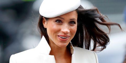 Hat, Beauty, Lip, Smile, Headgear, Fashion accessory, Sun hat, Photography, Happy, Cap,