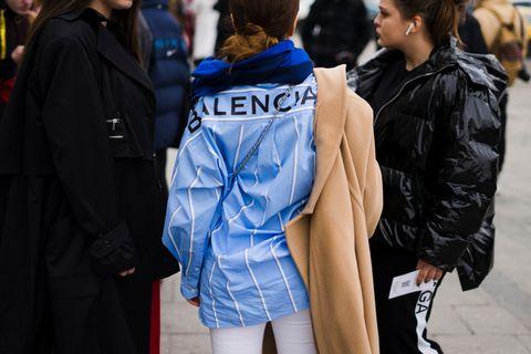 Street fashion, People, Blue, Fashion, Hairstyle, Yellow, Snapshot, Human, Jacket, Outerwear,