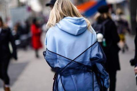 Street fashion, Hair, People, Fashion, Shoulder, Hairstyle, Street, Snapshot, Blond, Outerwear,