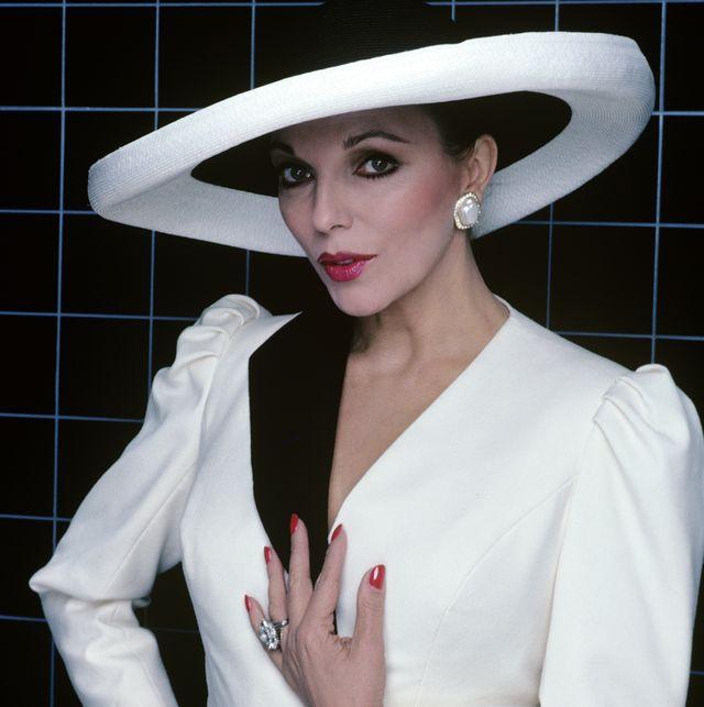 White, Hat, Clothing, Lip, Beauty, Fashion, Headgear, Fedora, Fashion accessory, Model,