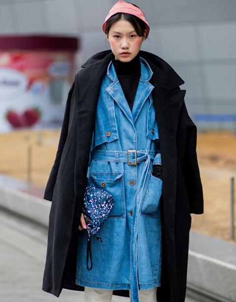 Clothing, Street fashion, Blue, Fashion, Coat, Outerwear, Trench coat, Overcoat, Electric blue, Denim,