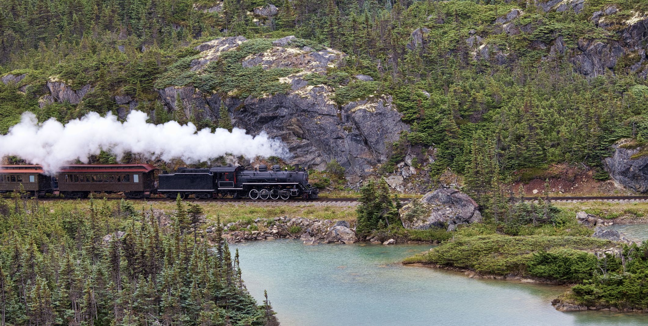 These Are the 12 Most Scenic Train Rides in the U.S.