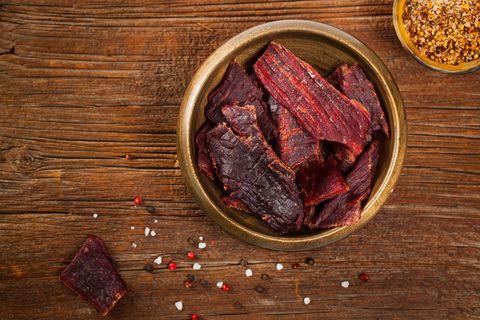 La ricetta più intrigante di sempre? La carne essiccata (ed è pure facilissima da preparare)