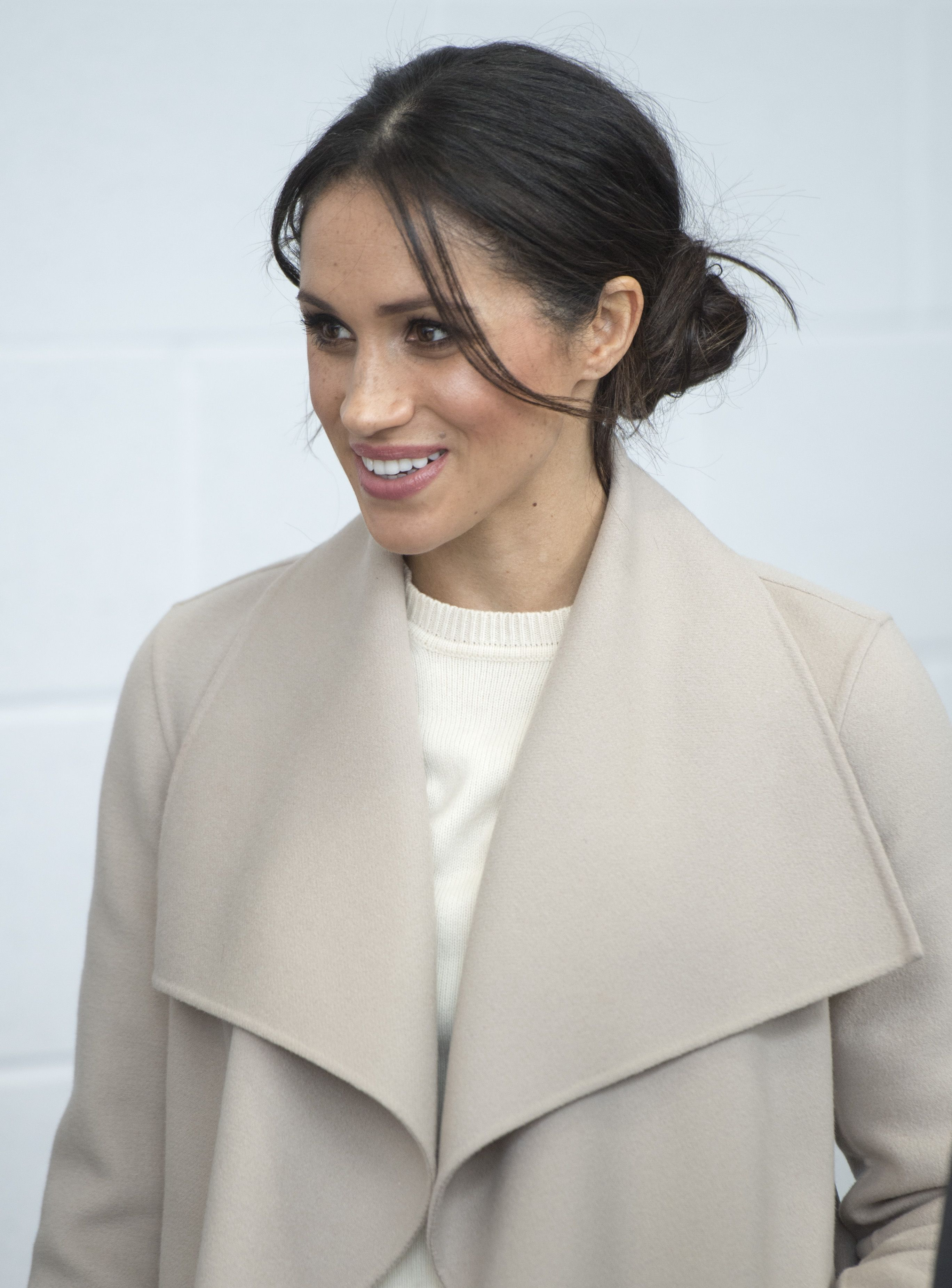 Meghan Markle\'s Hairstyles Through The Years - Meghan Markle\'s Hair ...
