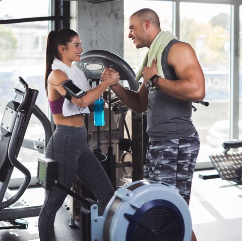Konsten att hitta en dejt på gymmet