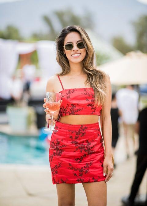 Clothing, Shoulder, Fashion model, Fashion, Waist, Beauty, Dress, Street fashion, Eyewear, Cocktail dress,