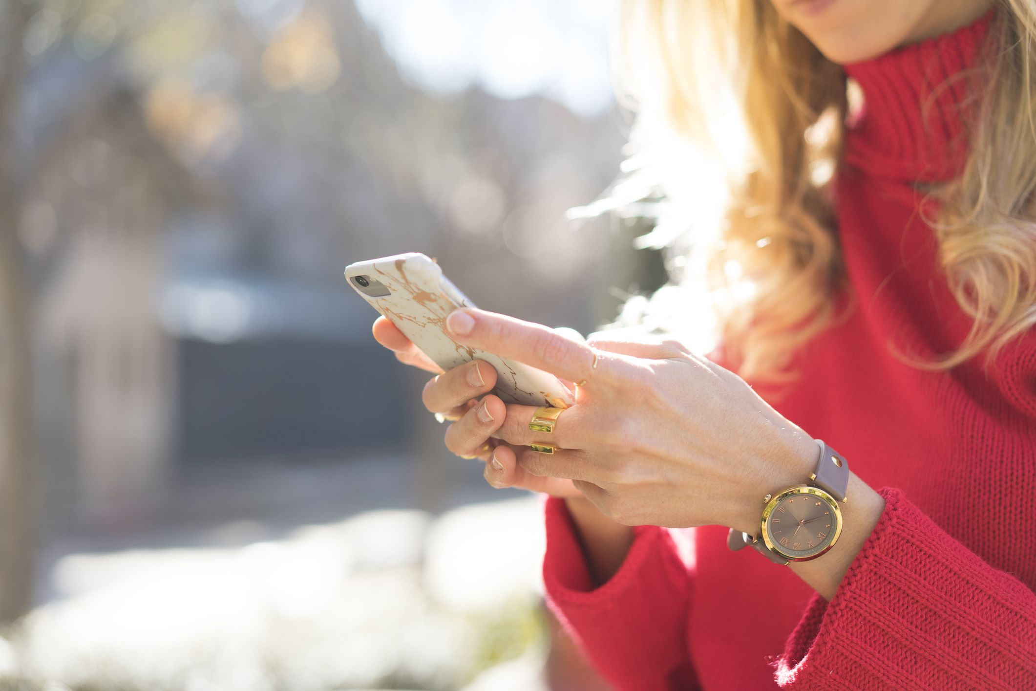 No, Double Texting Isn't That Bad, But Ask Yourself Why You're Doing It