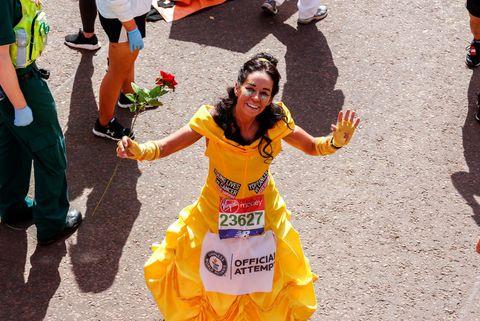 liefdevoorlopen, liefde voor lopen, hardlopen, runnersworld, Runner's World, runnersweb, verkleed, marathon, londen, kostuums,