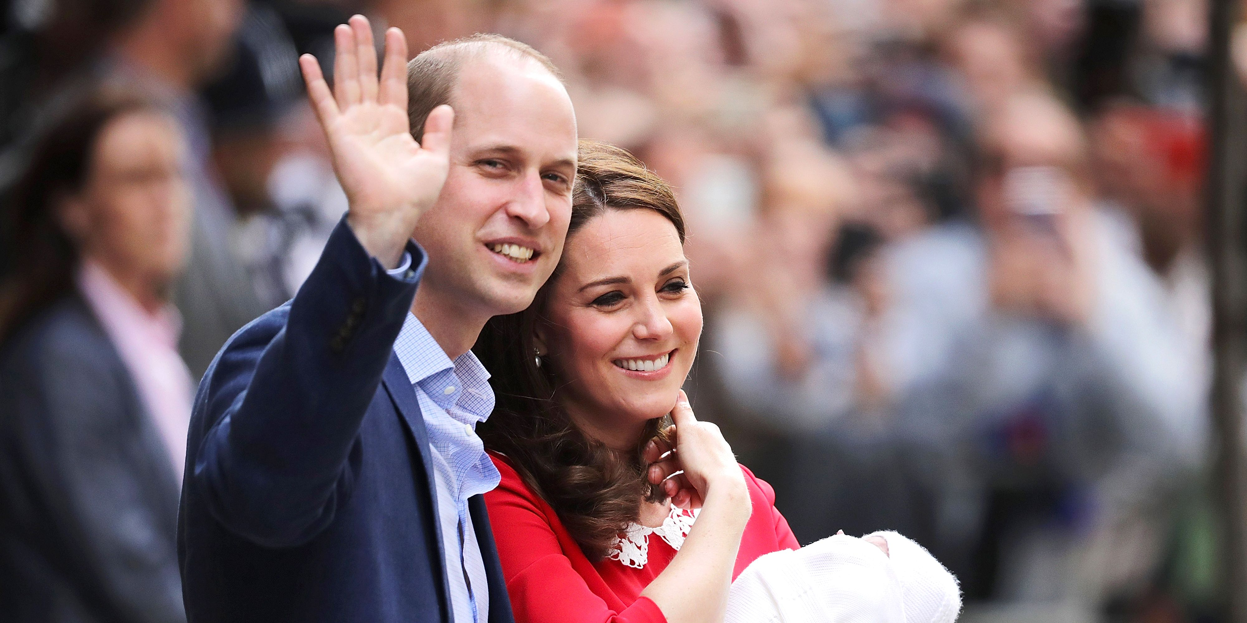 Prince William Kate Middleton royal baby waving