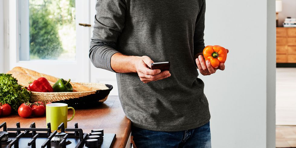 5 Food Diary Apps That Help You Track Macros
