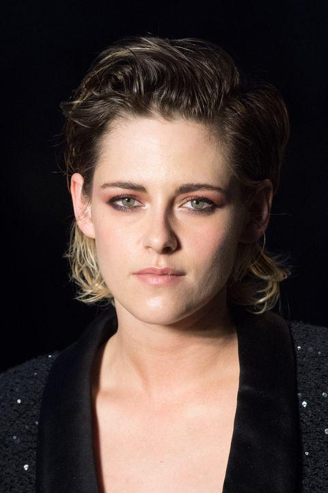 Hair, Face, Hairstyle, Eyebrow, Chin, Lip, Beauty, Head, Forehead, Cheek,
