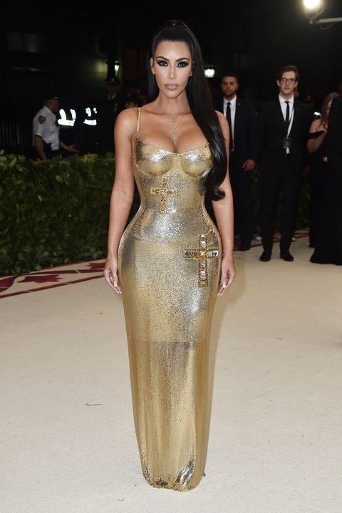 Kim Kardashian Wears Gold Versace Dress to 2018 Met Gala - Kim at ...