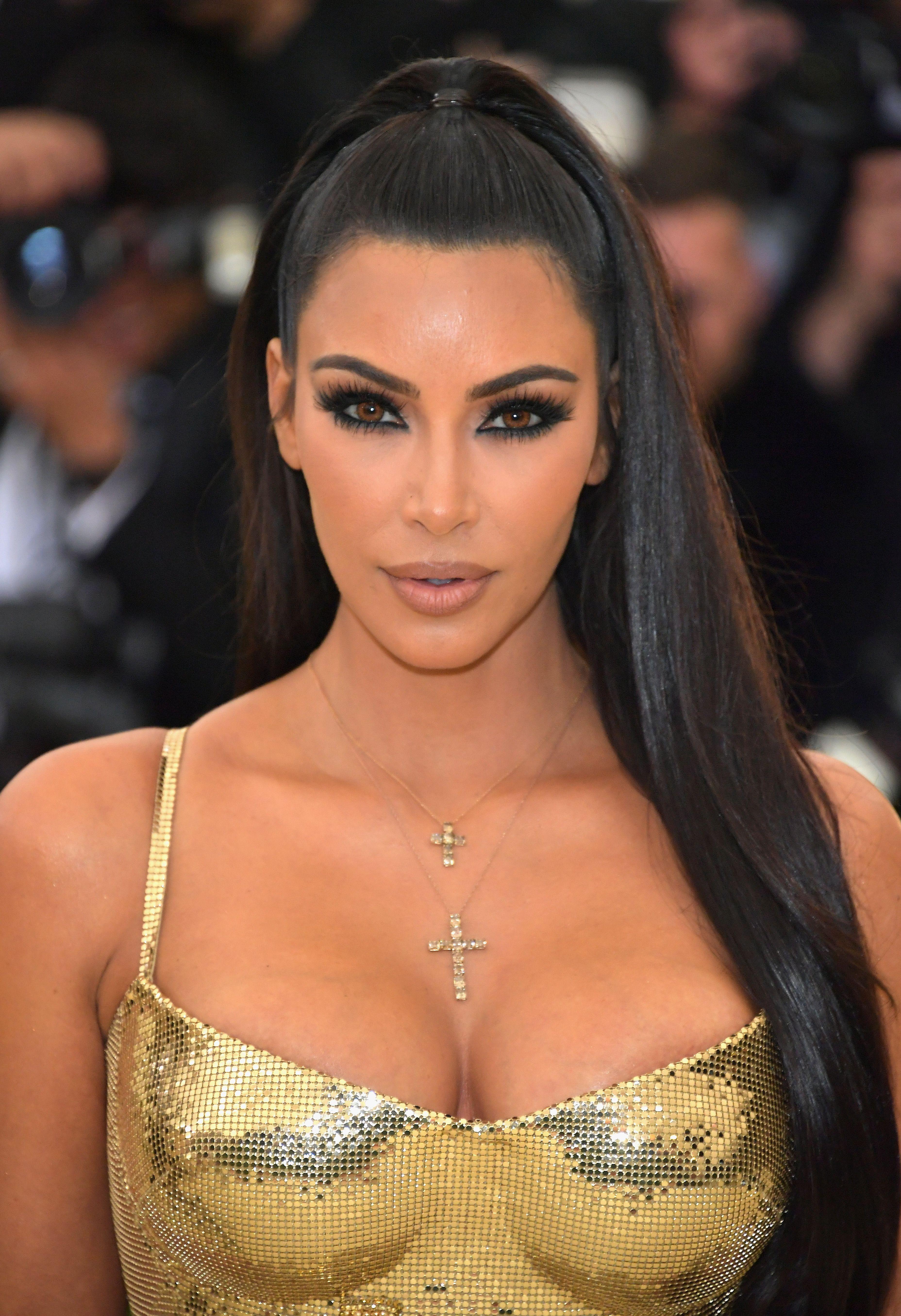 Kim Kardashian Met Gala 2018 Makeup Look , Kim Kardashian