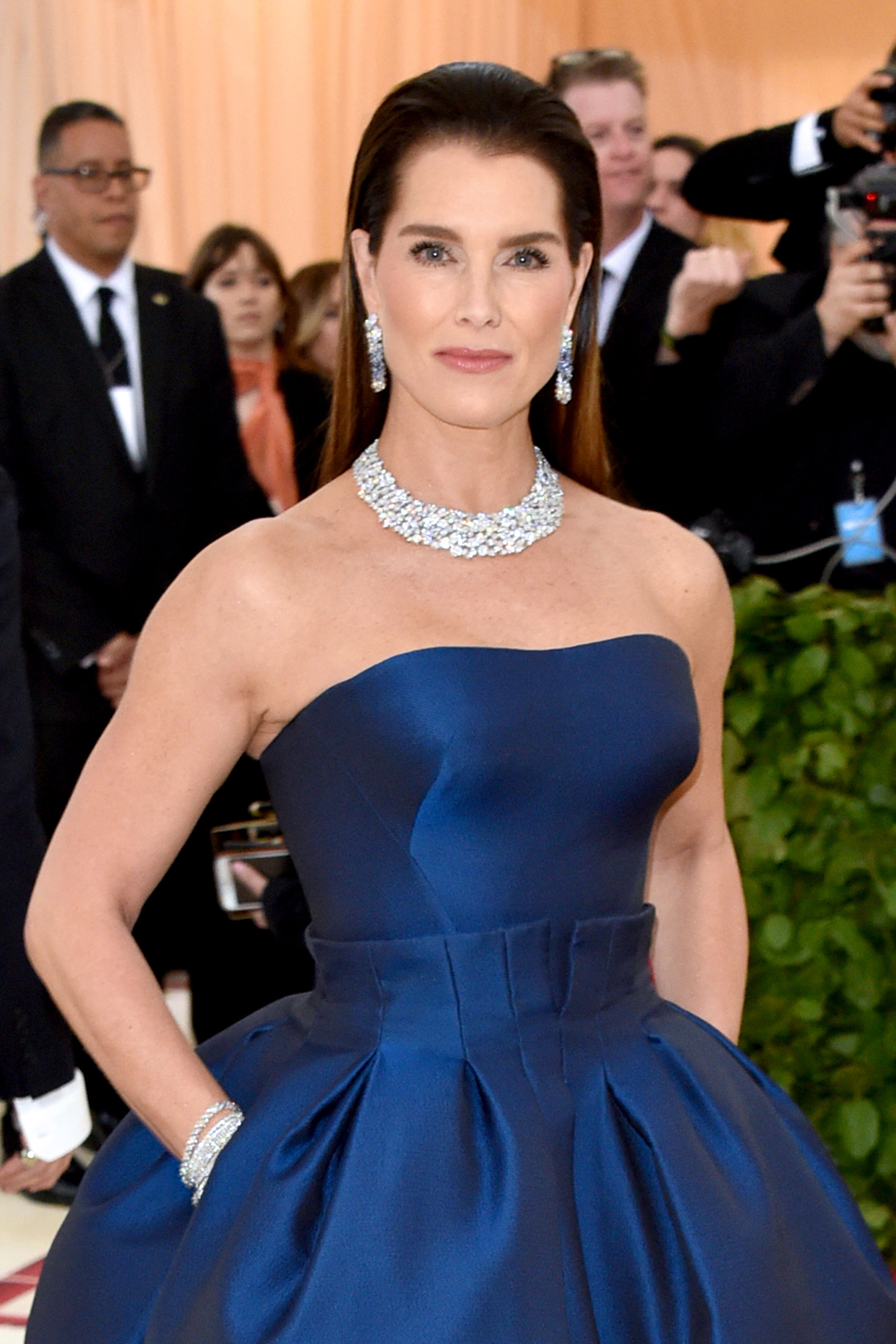 """Brooke Shields In Ladies Home Journal Magazine , Brooke Shields says that she tried botox, but is cautious about doing it again. """"I want laser treatment because I'm not a fan of my wrinkles. But I have to find someone with a light touch. I'm scared I'll end up looking like the Joker."""""""