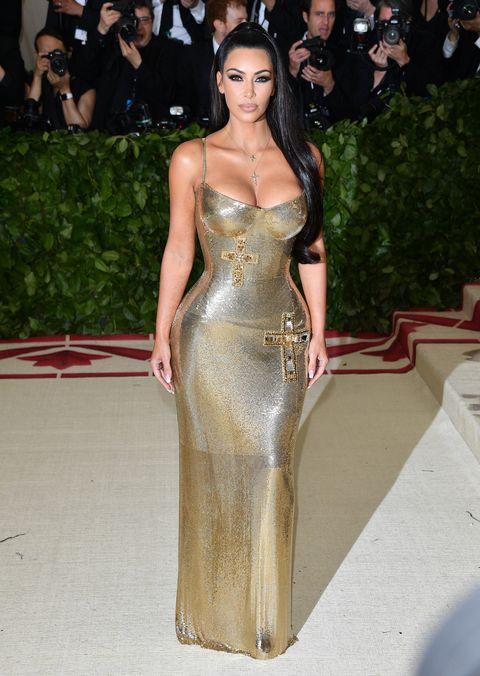 23ed0e06555 Kim Kardashian in Versace Met Gala Afterparty - Kim Kardashian Met ...