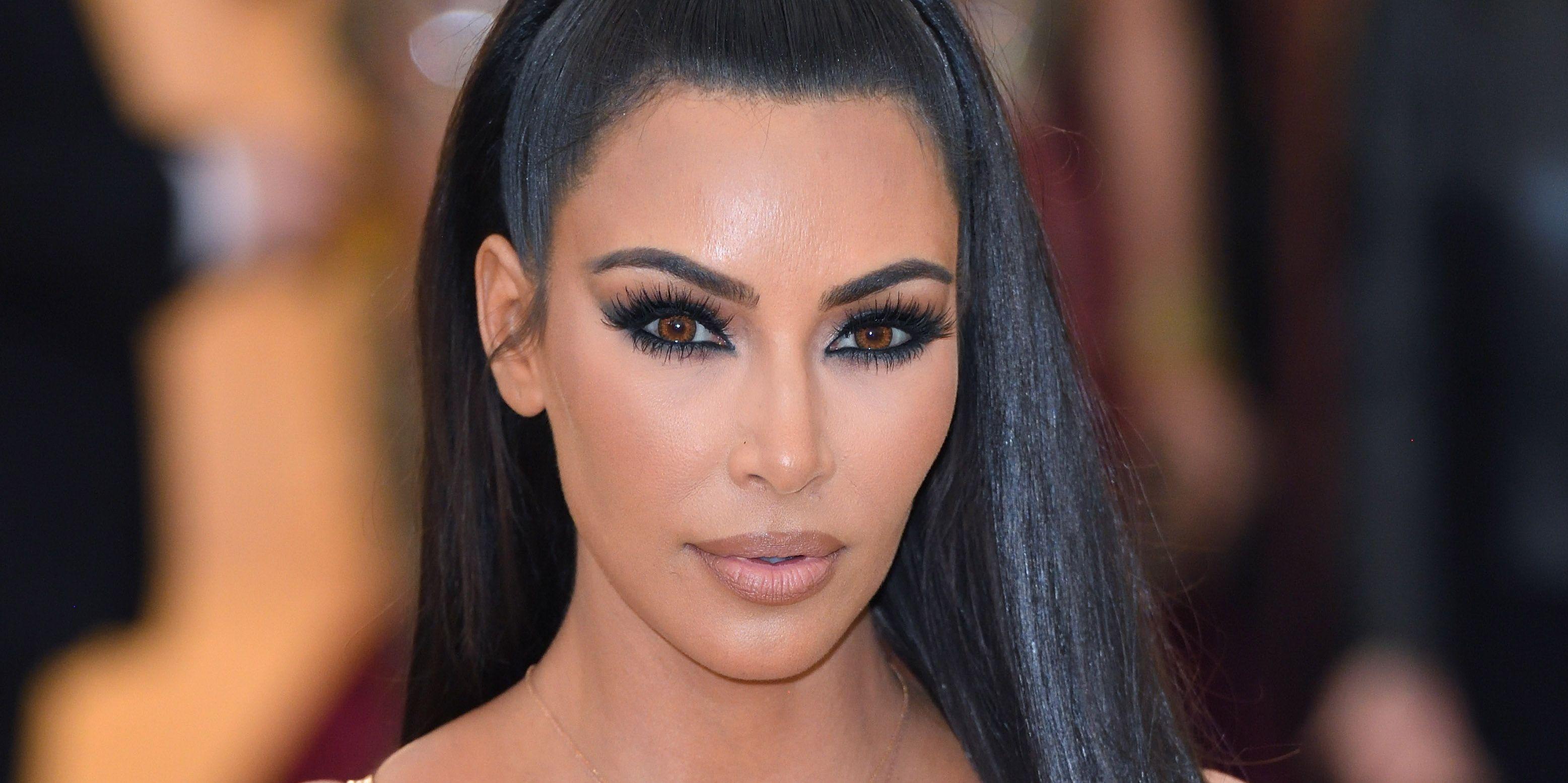 Kardashians Face Possible Suit Over Weight-Loss Supplement QuikTrim