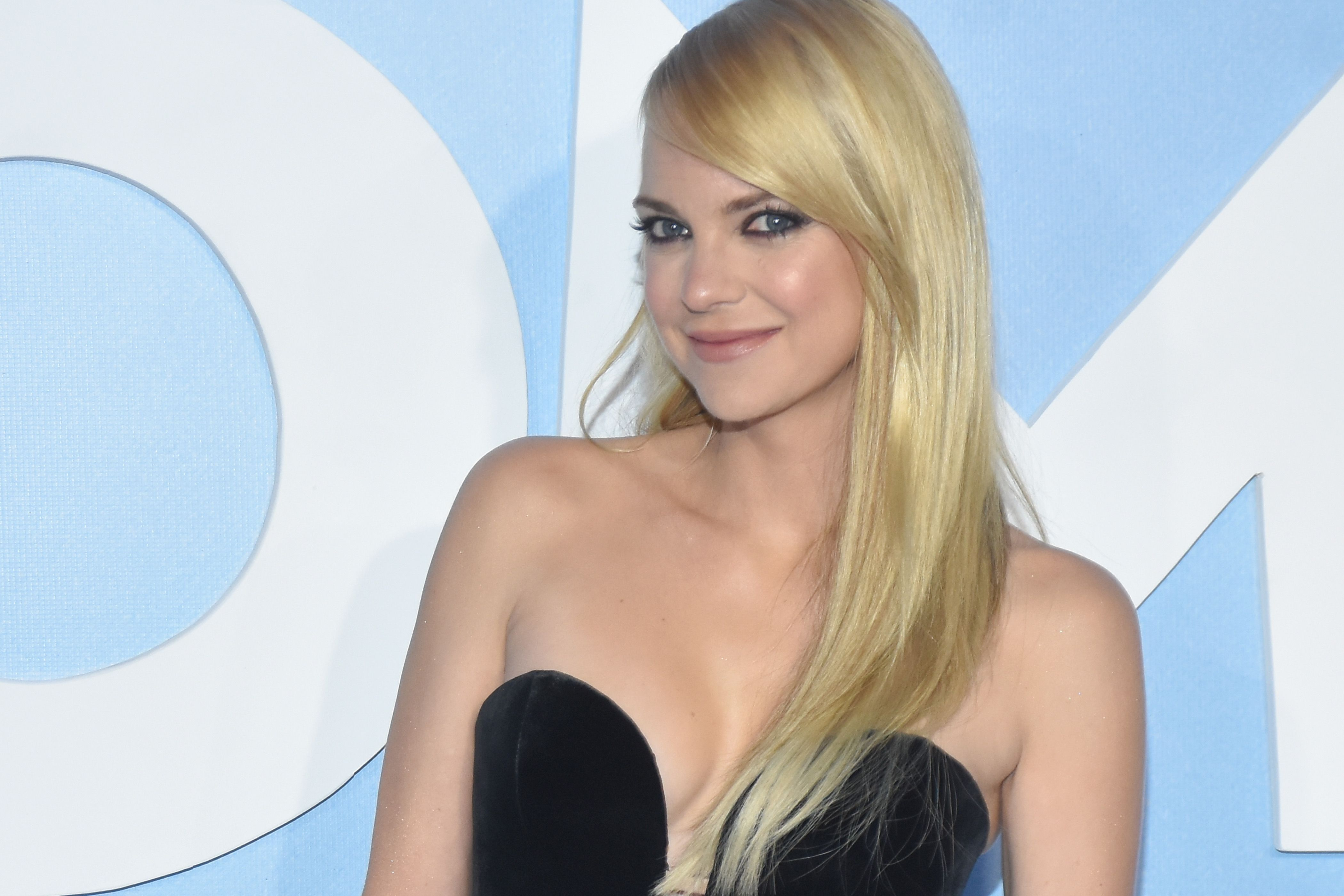 Anna Faris Was Thin-Shamed So Much for This Instagram, She DeletedIt recommendations