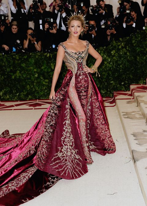 f164339c0f2 Blake Lively Style File - Every One Of Blake Lively's Dreamiest Red ...