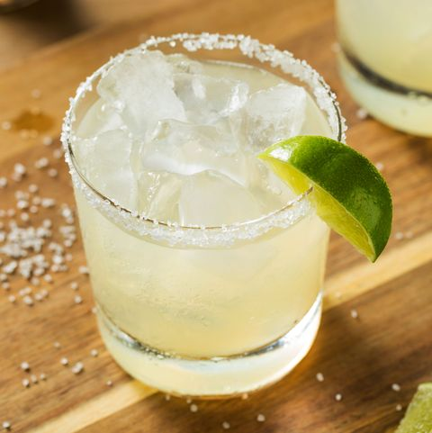 Drink, Gimlet, Food, Paloma, Lemon-lime, Alcoholic beverage, Rickey, Margarita, Lemonsoda, Cocktail,