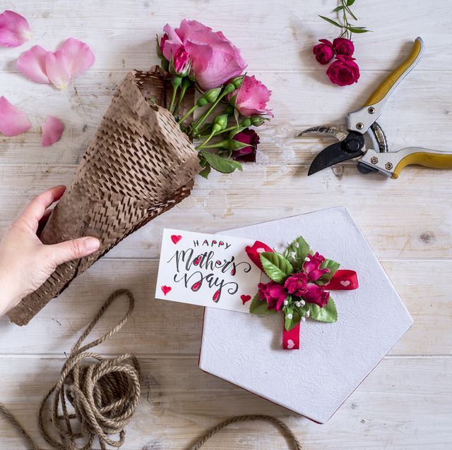 roses, gift, mother's day