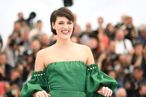"""British actress Phoebe Waller-Bridge poses on May 15, 2018 during a photocall for the film """"Solo : A Star Wars Story"""" at the 71st edition of the Cannes Film Festival in Cannes, southern France."""