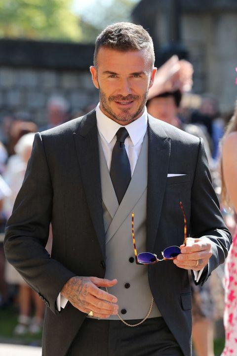 Suit, Formal wear, Tuxedo, Blazer, Fashion, White-collar worker, Outerwear, Event, Tie, Jacket,