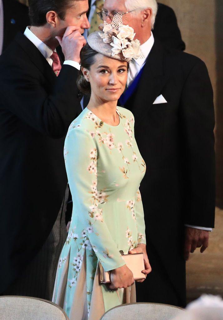 Meghan Vestido La De Boda Para Harry Y Floral Middleton Pippa El n0wXN8OkP