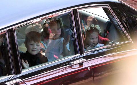 Motor vehicle, Vehicle, Car, Vehicle door, Family car, Automotive exterior, Auto part, Classic car, Automotive window part,