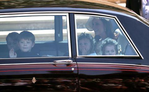 Land vehicle, Vehicle, Car, Motor vehicle, Classic car, Full-size car, Vehicle door, Sedan, Classic, Automotive window part,