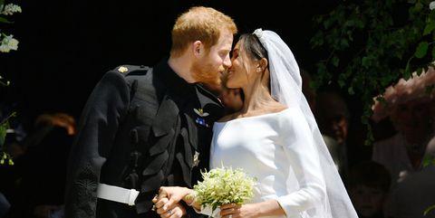 first kiss royal wedding meghan markle prince harry