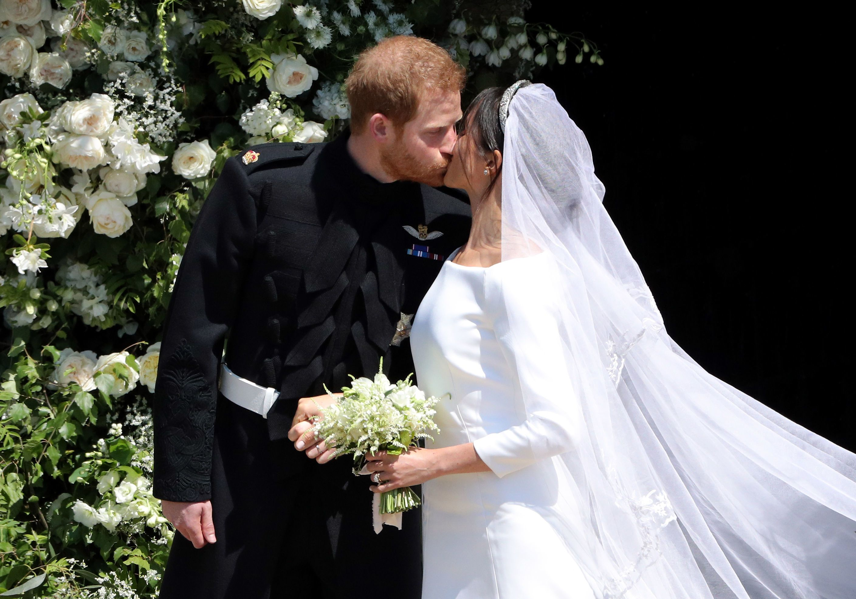 prince harry and meghan markle wedding guest list who s invited to royal wedding prince harry and meghan markle wedding